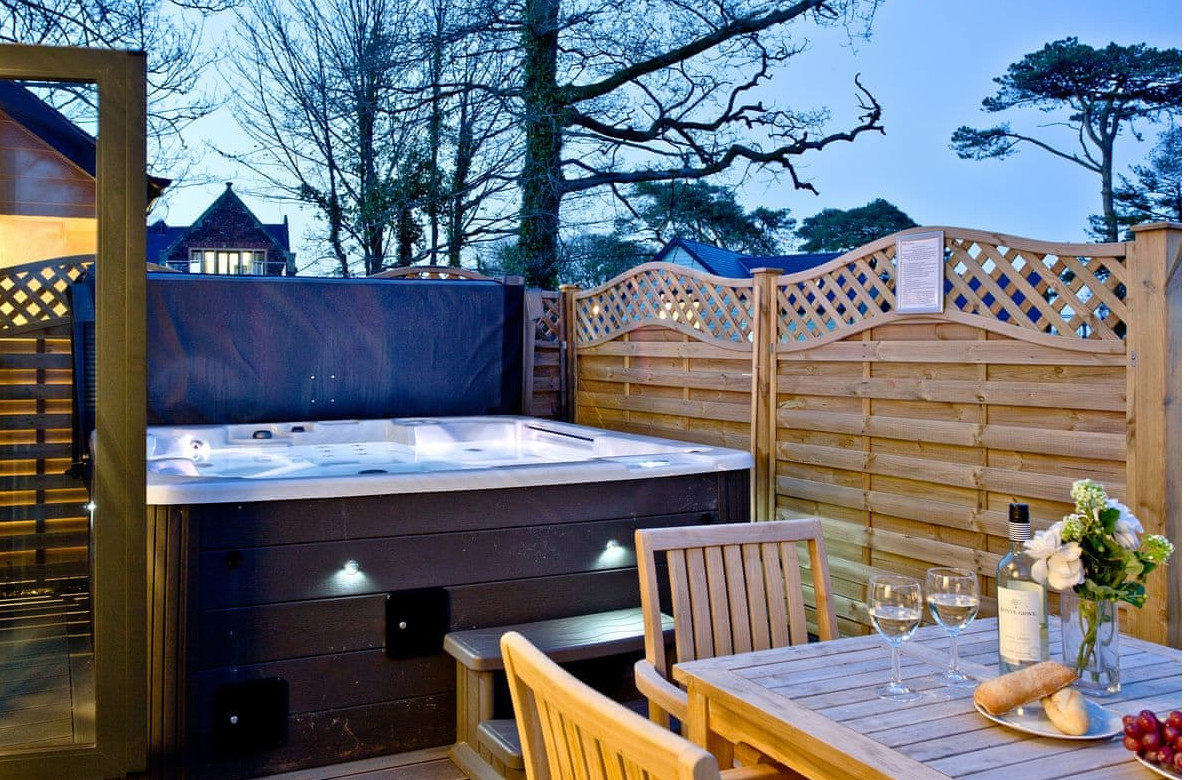 Beyond Escapes in Blagdon, near Paignton in Devon. Hot tub holidays!