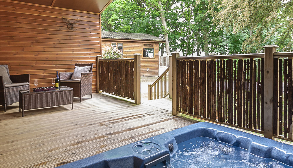 Bluewood Lodges in Kingham, Cotswolds, are hot tub holiday lodges