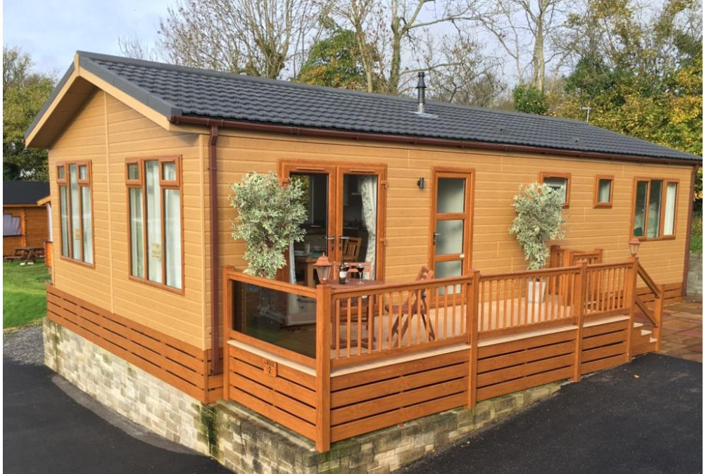 Bucklegrove Holiday Park in Cheddar, Somerset - close to Glastonbury Tor and Cheddar Gorge