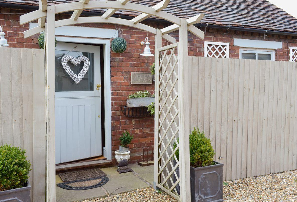 Cheshire Boutique Barns in Heald Country House, Nantwich