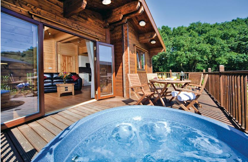 Heathside Lodges in Wenhaston, near Halesworth are holiday lodges with hot tubs