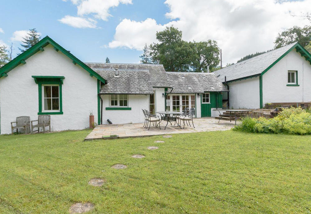 Invertrossachs Estate Cottages in Callander, Loch Lomond & The Trossachs National Park