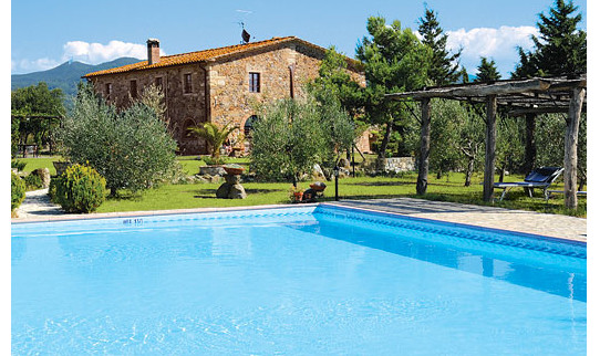 La Lespa in Livorno, Tuscany is a holiday villa with a private pool