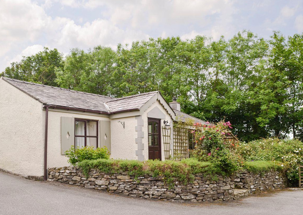 Parc Newydd Cottages in Carmel, Anglesey