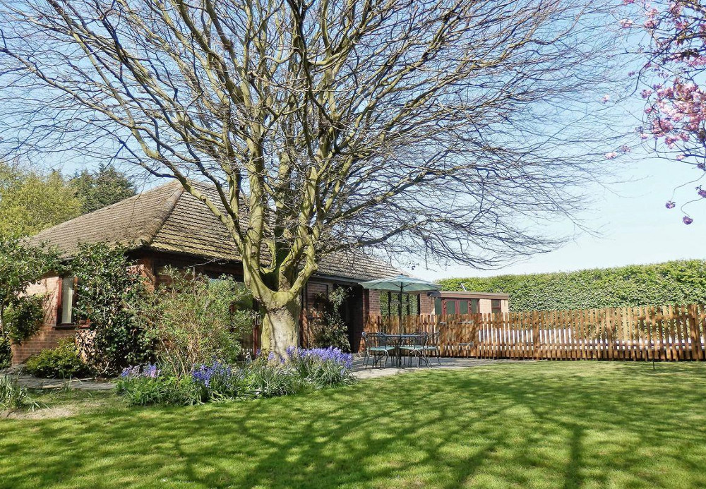 The Beech House in Suffolk, can be found in the village of Corton, just north of Lowestoft. The Beech House sleeps 8 people