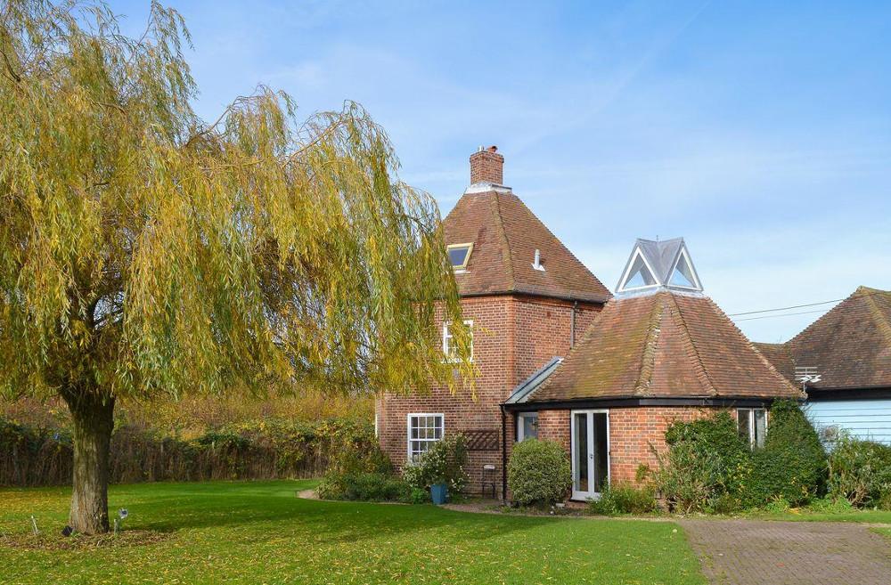 The Dovecote in Staple, Wingham