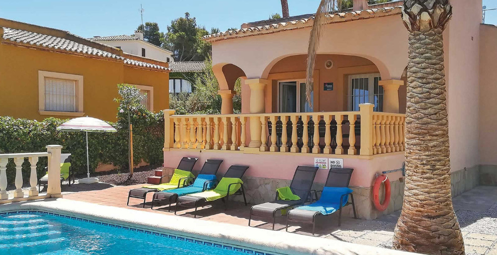 Villa Monte Verde Amarillo in Javea, Costa Blanca, sleeps 6 people