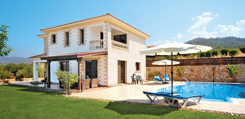 Villa Nikos is a holiday villa with its own swimming pool in the Argaka region of Cyprus. Villa Nikos sleeps 8 people