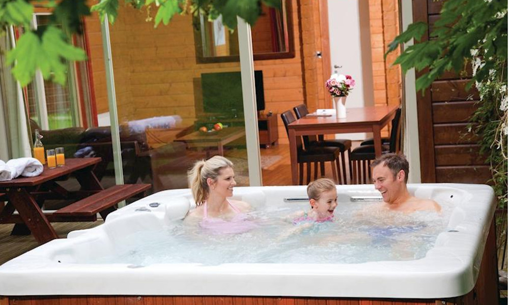 Westholme Estate Lodges in Aysgarth, Yorkshire Dales, are holiday lodges with hot tubs