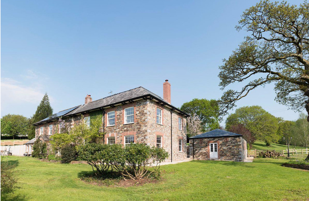 Wooladon House in Lifton, Devon